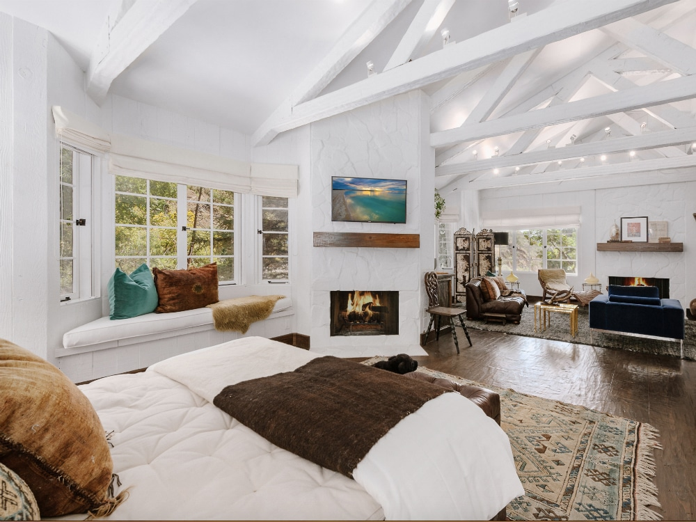 Cher_Beverly_Hills_Master_Bedroom