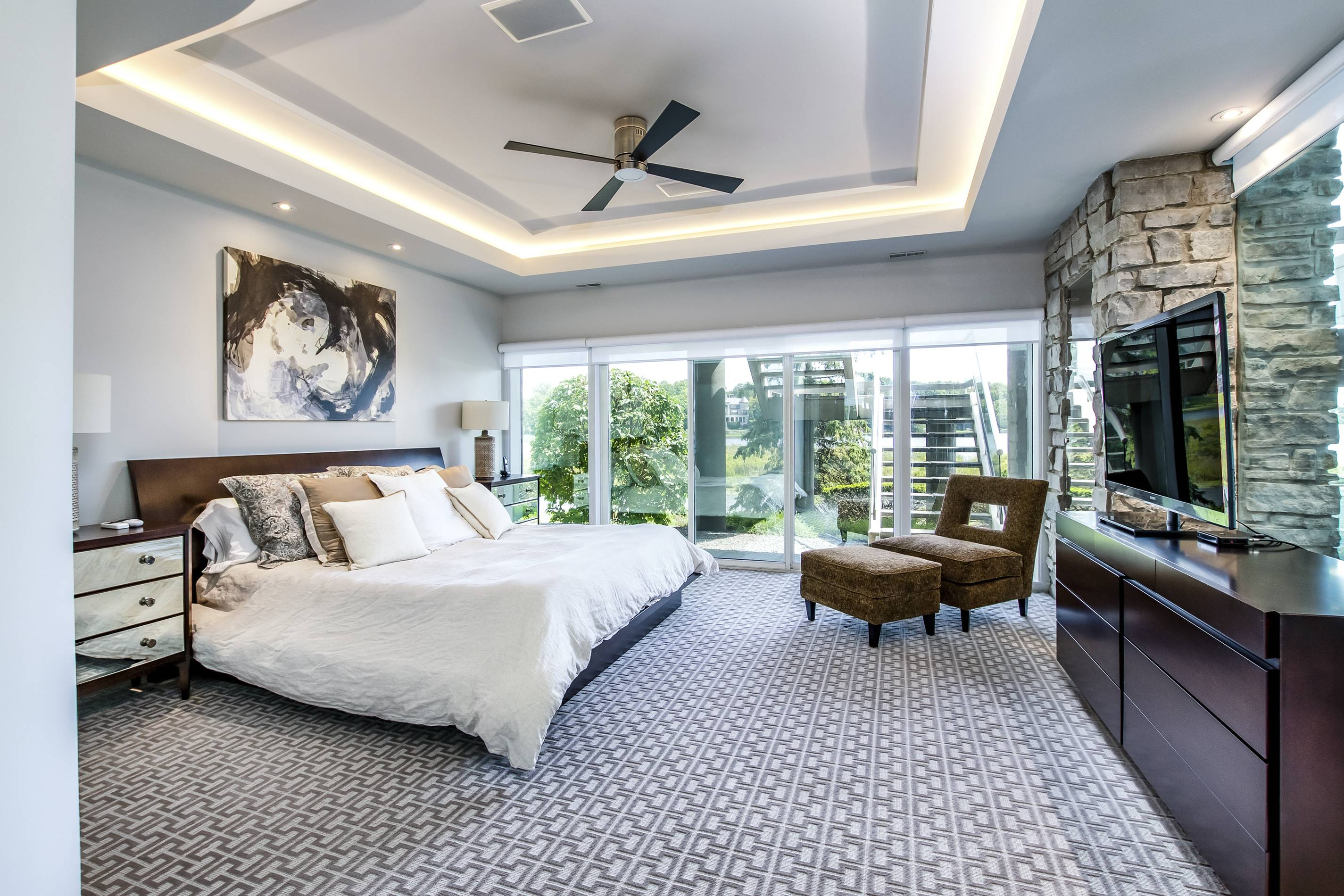 Matthew Stafford's Michigan Mansion, bedroom